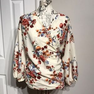 Wrap Floral Plus size 3/4 sleeve V neck Top Modern